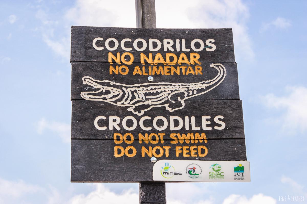 Warnung vor Krokodilen in Sierpe