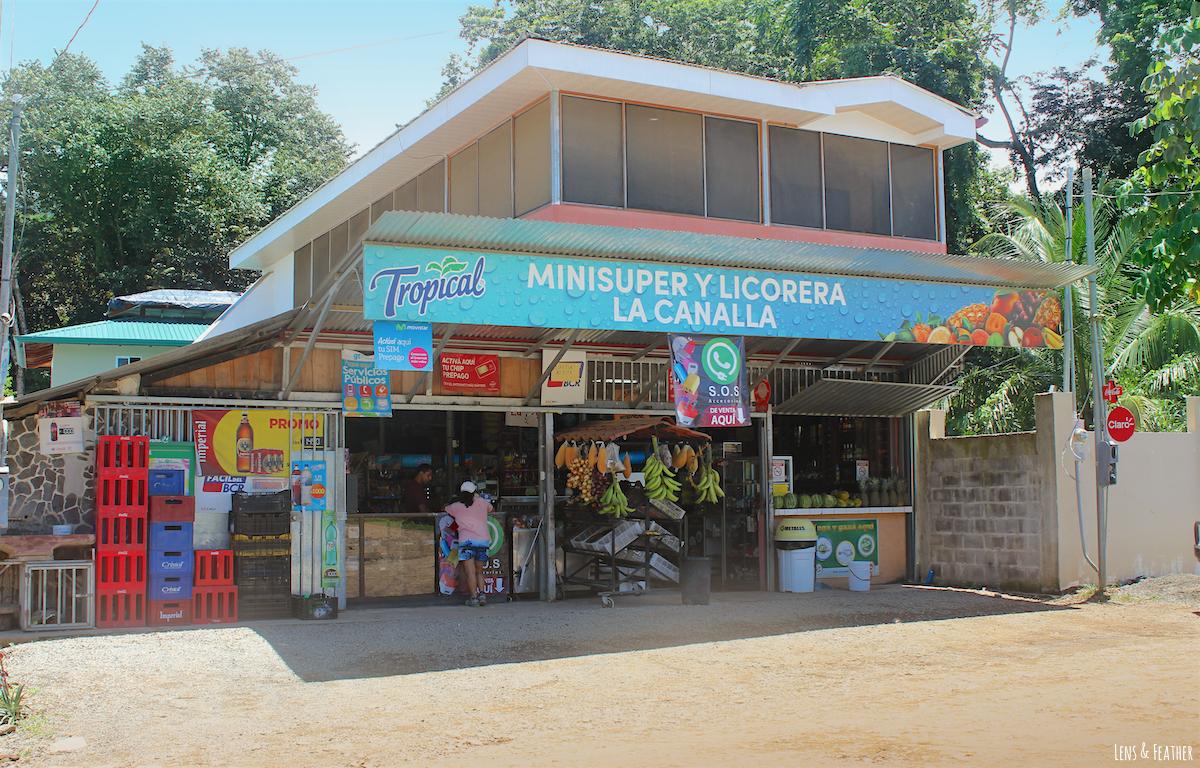 Minisuper in Uvita Costa Rica