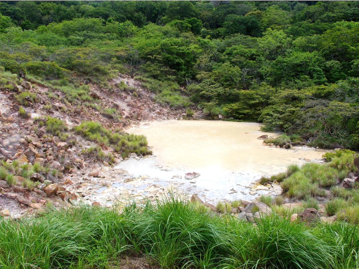 Schlammloch im Rincon de la Vieja in Costa Rica