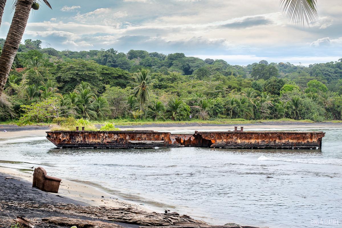 Schiffswrack vor Puerto Viejo in Costa Rica
