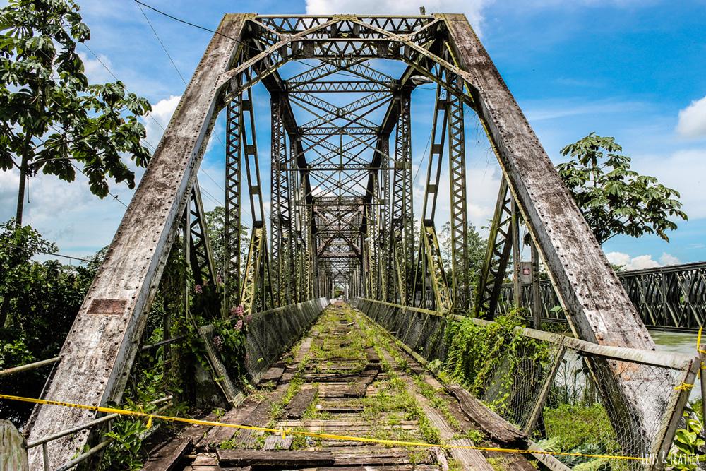 Alte Brücke an der Grenze Costa Rica Panama