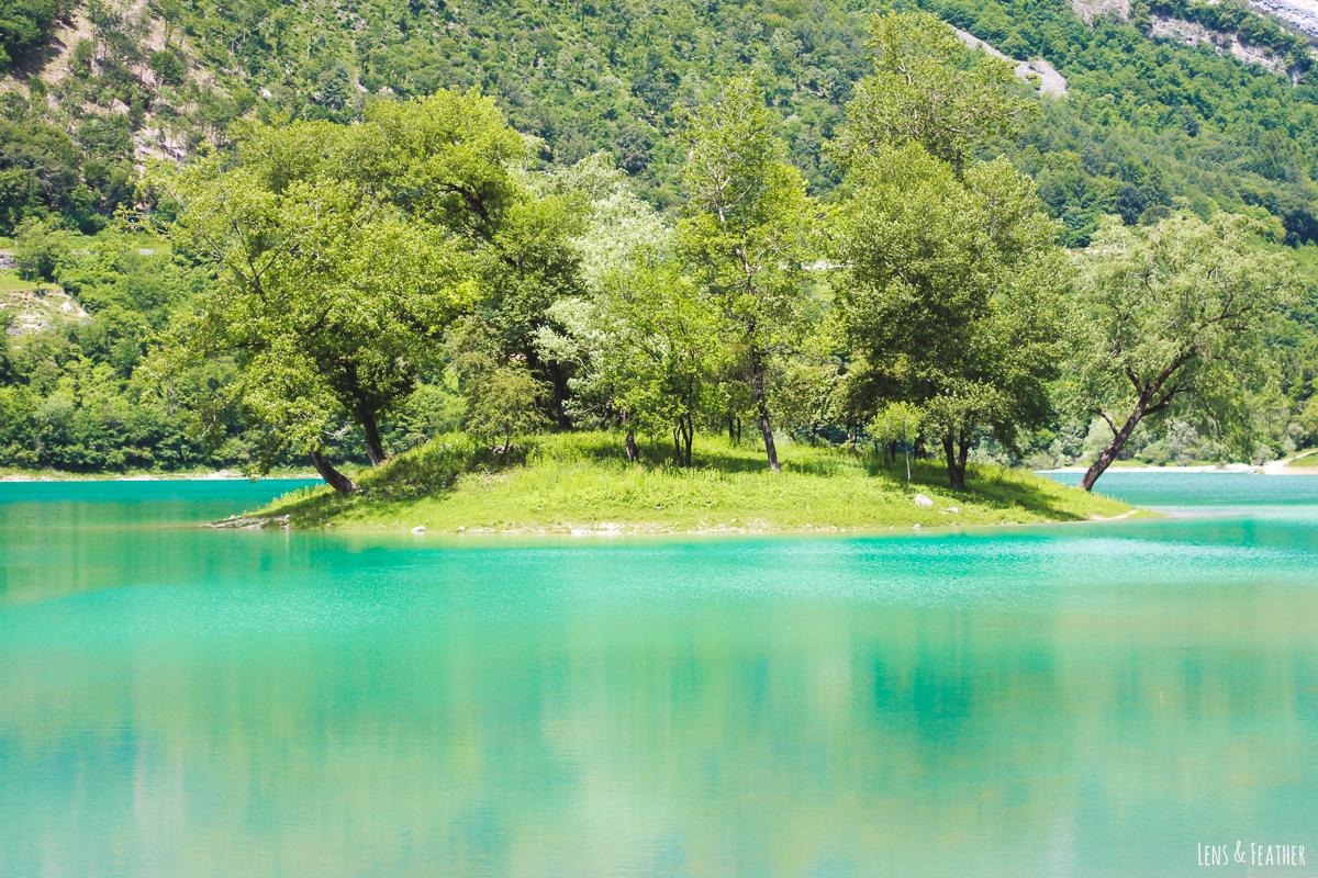 Der türkisblaue Tennosee in Italien